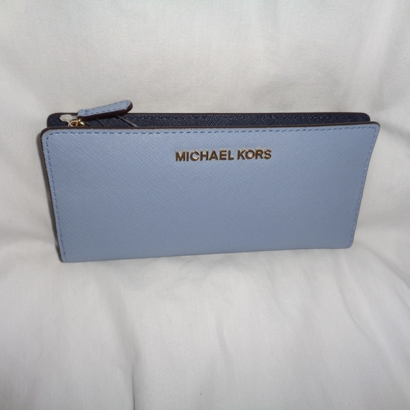 a0fa06ea2e1a Michael Kors Bags   Jet Set Large Card Case Carryall Blue   Poshmark